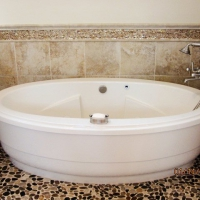 commonwealth-wandapottsbathroom-10